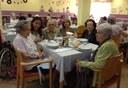 """Mataró s'adhereix a la campanya  """"Compartim taula"""" que ofereix àpats gratuïts a persones grans necessitades"""