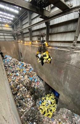 Gestió residus sanitaris a la planta de Mataró. Foto: Marga Cruz/CTRSUM