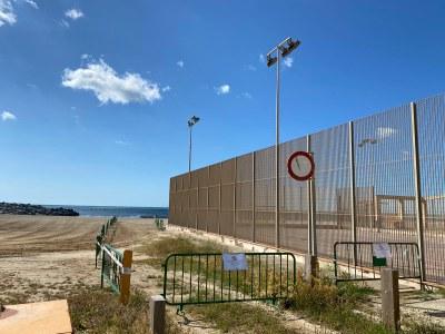 Mataró habilita un carril d'accés a la platja del Varador per a la pràctica individual d'esports aquàtics