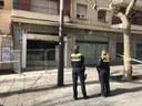 La Policia Local desallotja un local ocupat per raons de seguretat i frustra la usurpació d'un altre habitatge