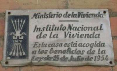 A Mataró encara hi ha simbologia feixista