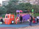 Exigim al Govern Municipal que expliqui per què els parcs infantils romanen tancats a la ciutat