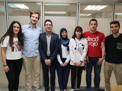 L'Ajuntament contracta sis joves per impulsar la seva carrera professional