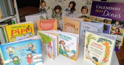 "Taller - Llibres que ens inspiren: ""Nenes, dones i noie..."
